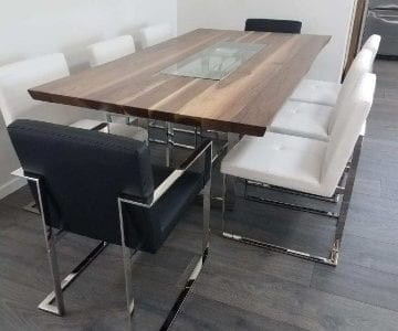WALNUT TABLE TOP LIE CHAIRS